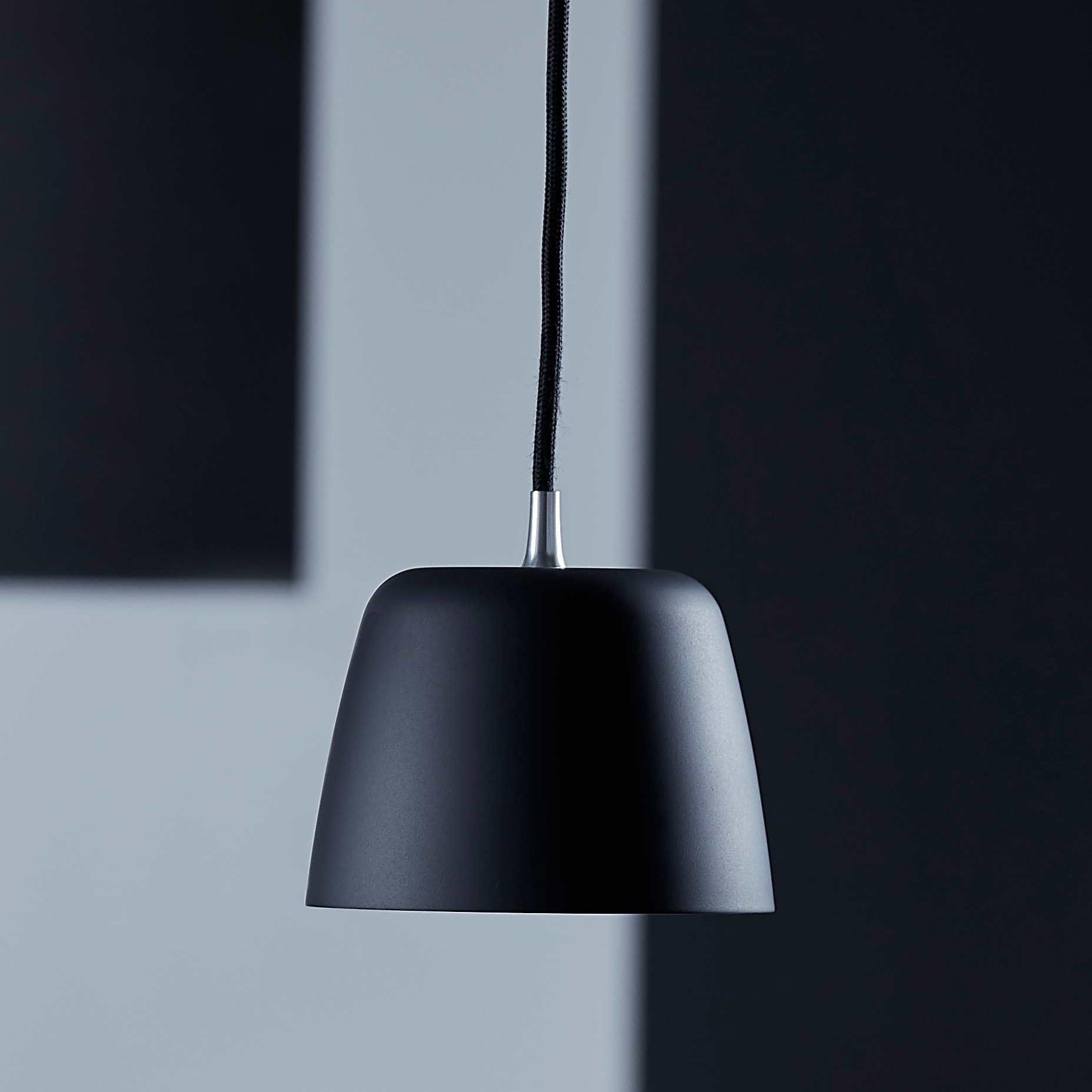 Noir pendel 132 Matt sort | Illuminor as